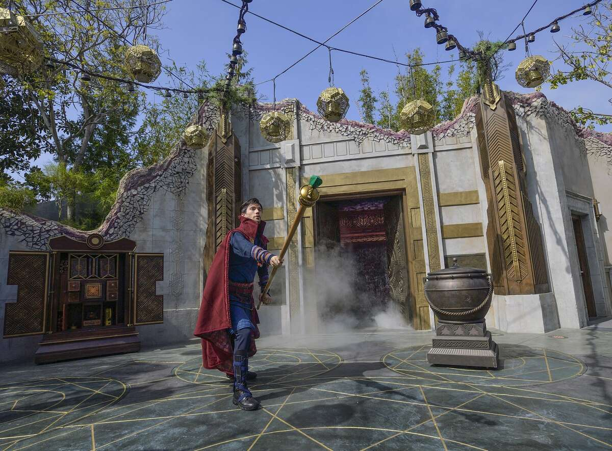 The Doctor Strange show in the Ancient Sanctum at Avengers Campus.