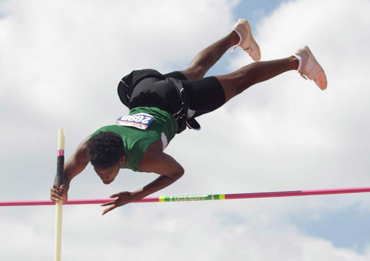 In high school, Christyan Sampy helped Stratford at the Class 6A state meet in 2018.