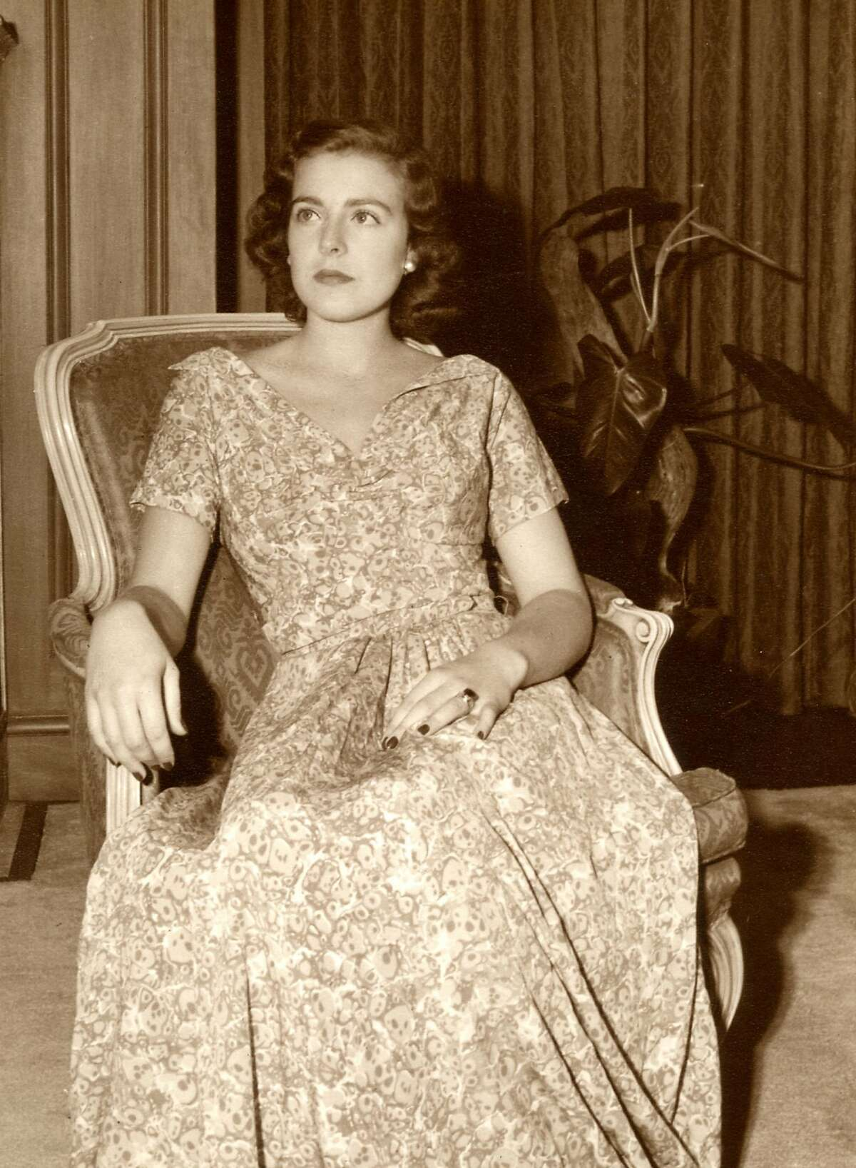 Ann Miller in 1948 as a young woman in San Francisco in her parents' home. (Courtesy the Miller Family)