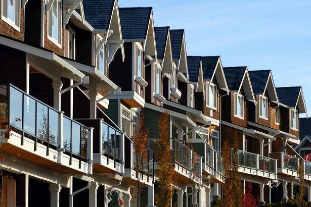 Condo 币圈app都有哪些homes near Seattle, Washington.