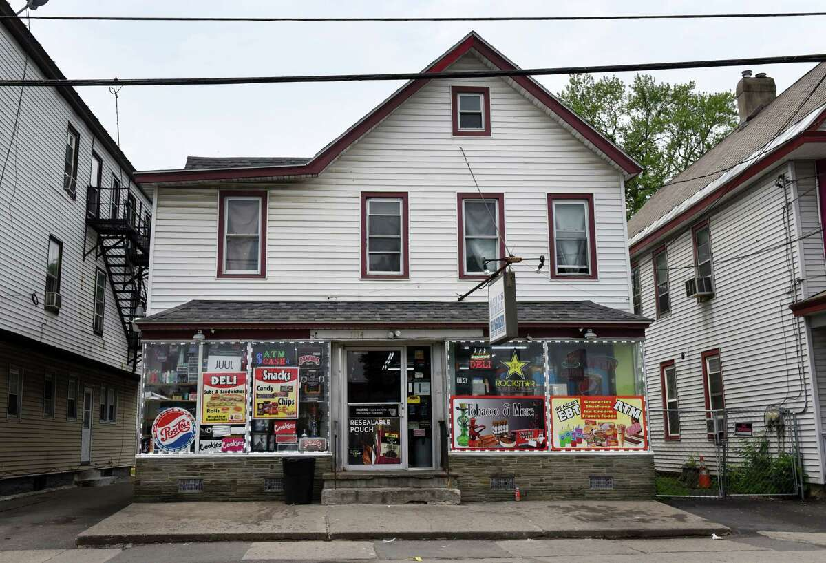 Exterior of Quins Deli on Tuesday, June 8, 2021, on Albany Street in Schenectady, N.Y. Schenectady is examining the point system it uses to regulate problematic bodegas. Quins Deli has had complaints and police calls. (Will Waldron/Times Union)