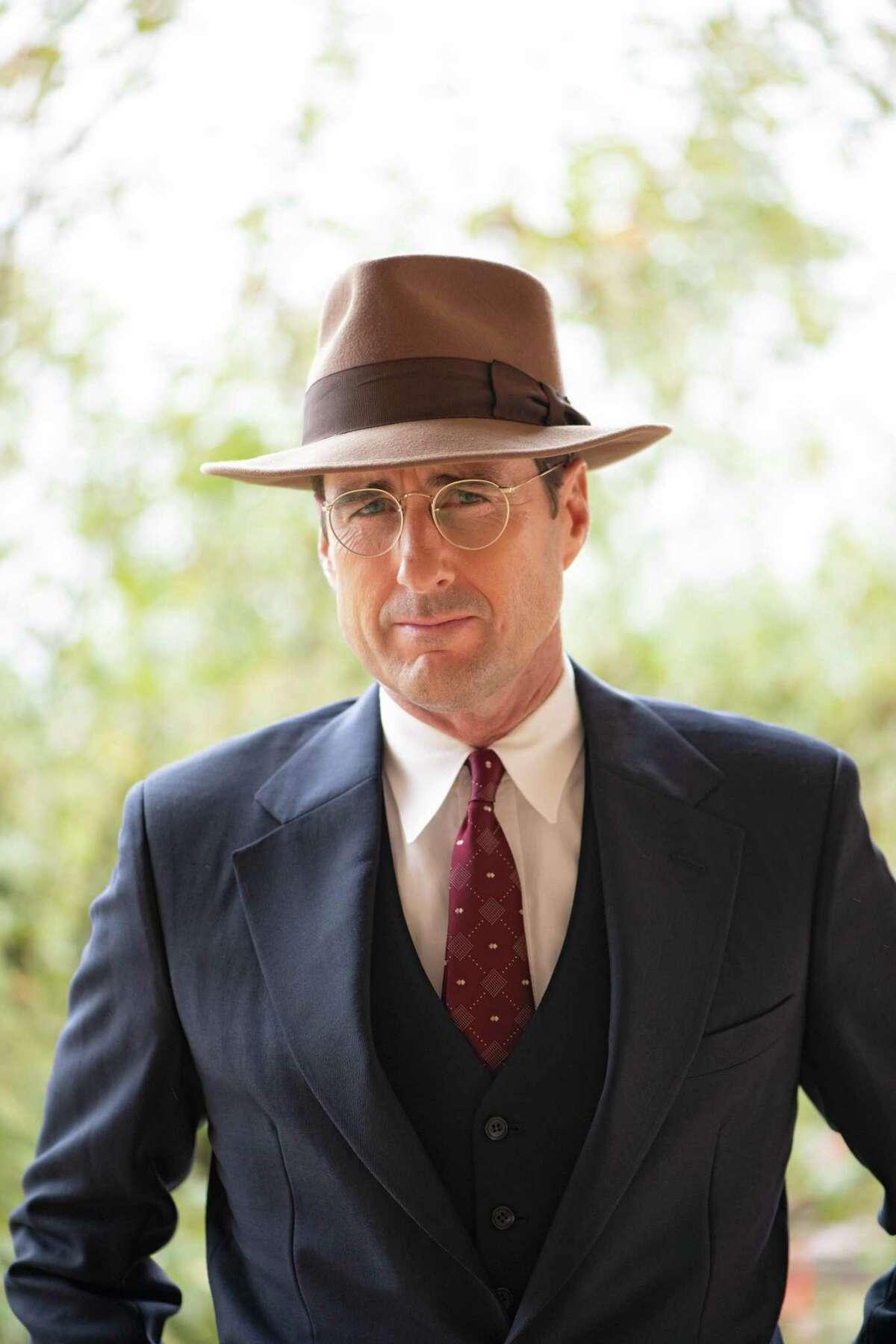 Luke Wilson stars in the movie