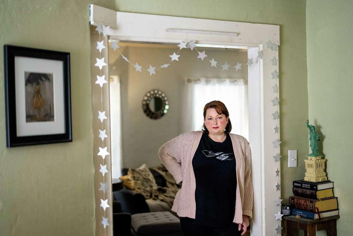 Jennifer Knapp at her home in Chelsea, Maine.