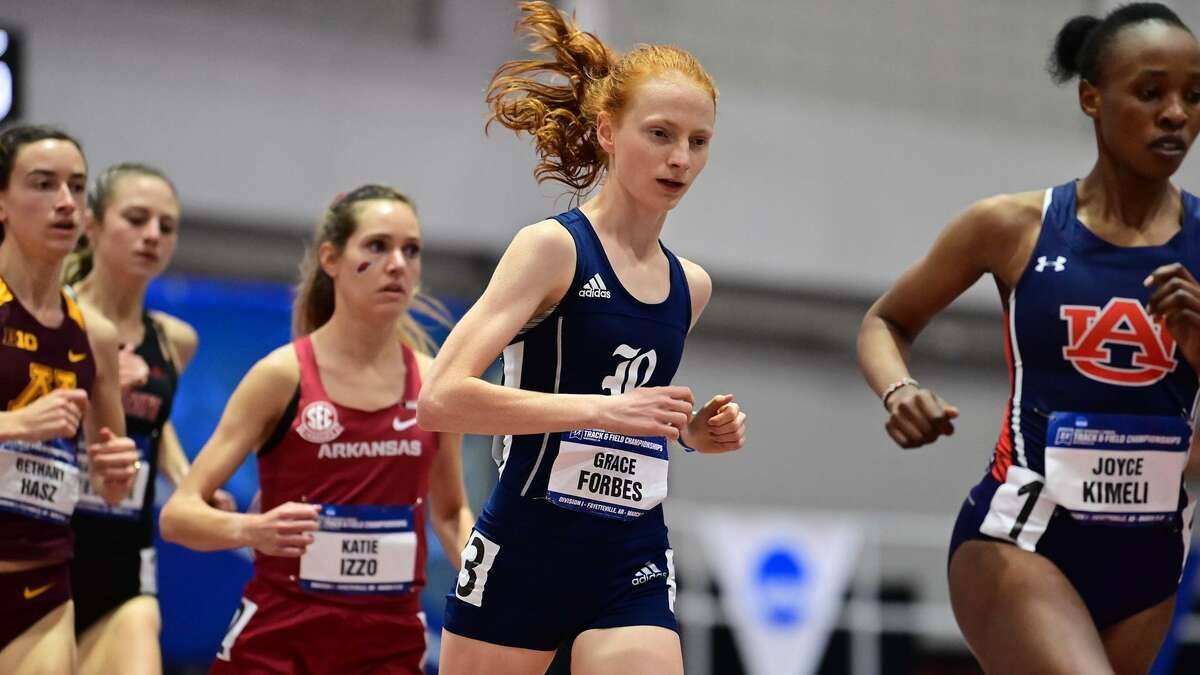Rice distance runner Grace Forbes.
