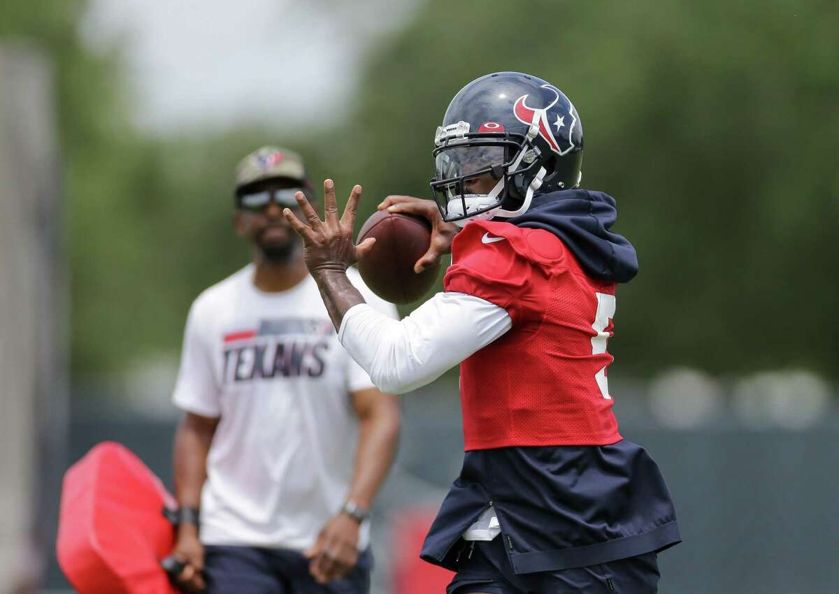 Quarterback Tyrod Taylor, with quarterbacks coach Pep Hamilton watching, is in position to be the Texans starter.