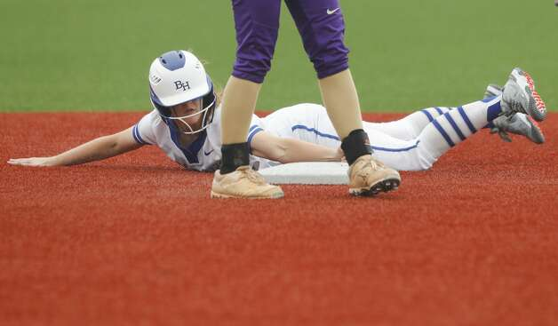 Belaney Dunham #3 of Barbers Hill steals second base in the first inning of a Class 5A UIL state semifinal game at Leander High School, Friday, June 4, 2021, in Leander. Photo: Jason Fochtman/Staff Photographer / 2021 © Houston Chronicle
