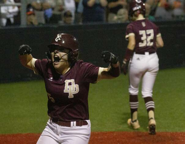 Emma Overla #5 of Deer Park reacts after scoring on Bryanna Fuentes' 2-RBI single in the fifth inning of a Class 6A state semifinal game, Friday, June 4, 2021, in Leander. Photo: Jason Fochtman/Staff Photographer / 2021 © Houston Chronicle