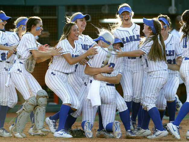 Barbers Hill reacts after defeating Aledo 4-1 to win the Class 5A UIL state championship at Red & Charline McCombs Field, Saturday, June 5, 2021, in Austin. Photo: Jason Fochtman/Staff Photographer / 2021 © Houston Chronicle