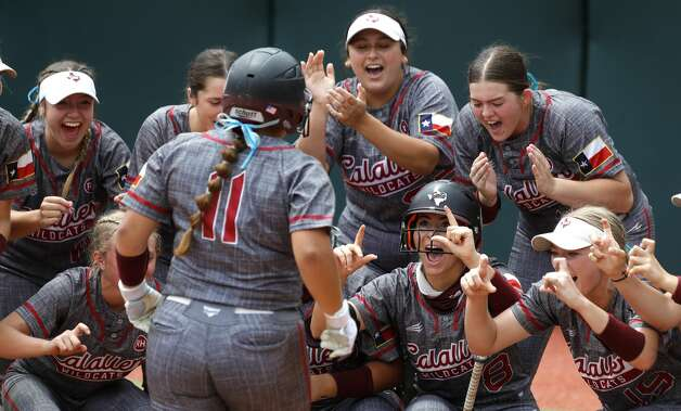 Calallen players reacts after Alaunah AlmarazÕs solo home run in the second inning of the Class 4A UIL state championship game at Red & Charline McCombs Field, Saturday, June 5, 2021, in Austin. Photo: Jason Fochtman/Staff Photographer / 2021 ? Houston Chronicle