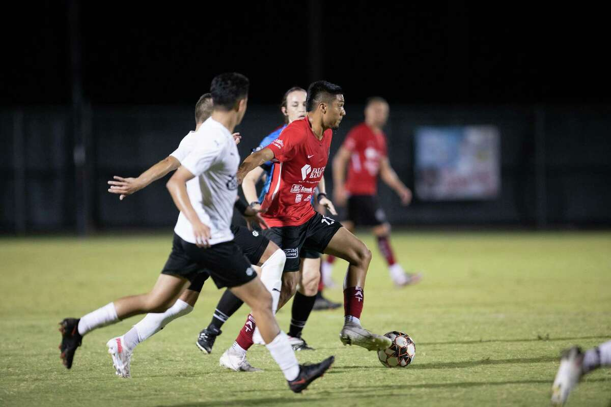 A through ball from Johan Portales helped set up the winning goal Thursday in the Heat's 3-2 victory over the Denton Diablos FC.