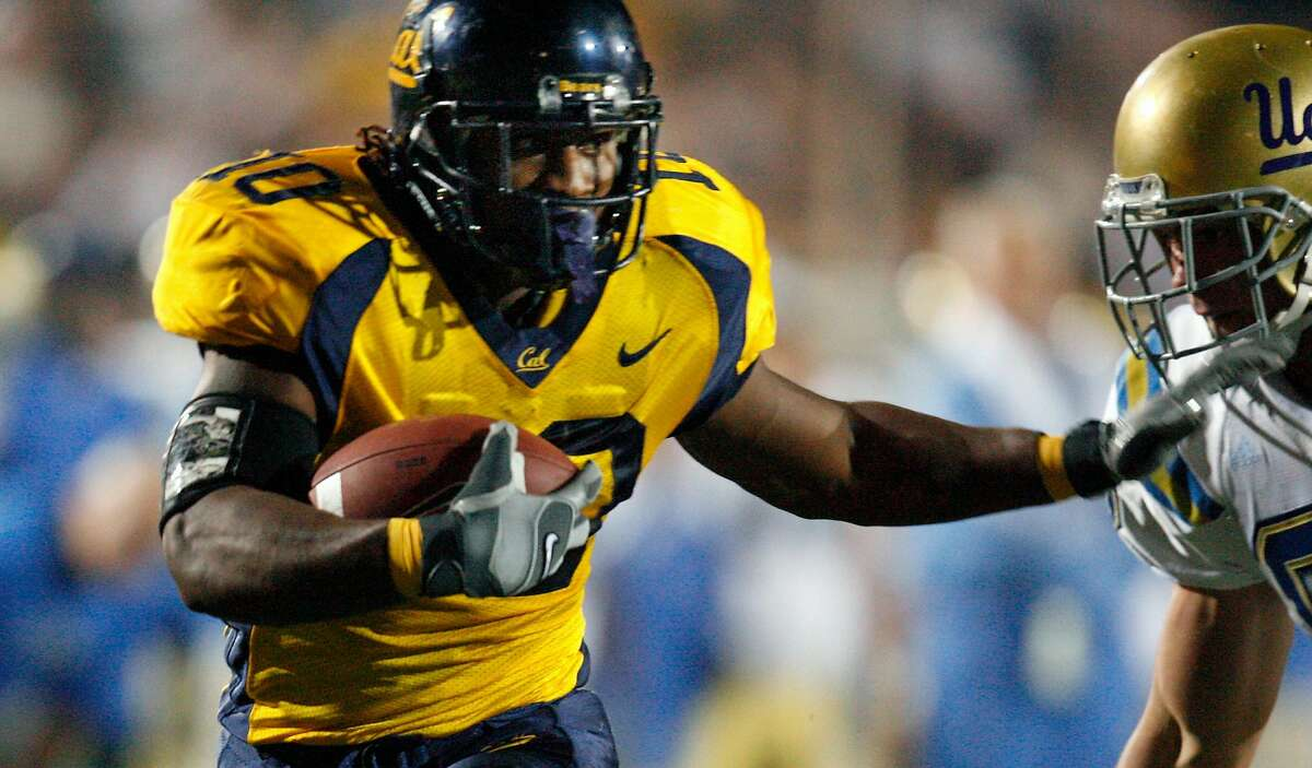 Marshawn Lynch with his TD run in the second quarter . # 10 California Golden Bears Vs UCLA Bruins November 4, 2006 /Memorial Stadium Berkeley ,Calif KURT ROGERS/THE CHRONICLE BERKELEY THE CHRONICLE SFC CAL_0553_kr.jpg Ran on: 12-02-2006 Marshawn Lynch will try to take another step toward becoming Cals all-time leading rusher by catching Russell Whites 3,367 yards from 1990-92. Ran on: 12-02-2006 Marshawn Lynch has two games left this season to try and become Cals all-time leading rusher by topping Russell Whites 3,367 yards from 1990-92. Ran on: 12-02-2006 Marshawn Lynch has two games left this season to try and become Cals all-time leading rusher by topping Russell Whites 3,367 yards from 1990-92.