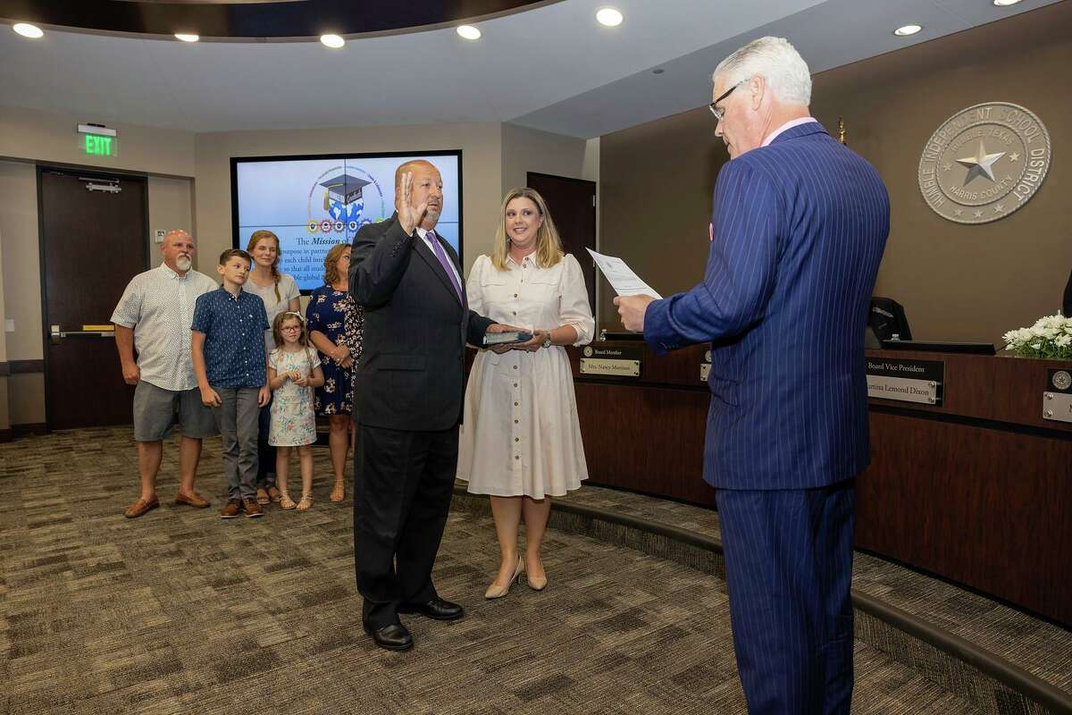 The four trustees that were elected on May 1 took their oath for office at the June 8 school board meeting. Rep. Dan Huberty swore in returning trustees Robert Sitton and Martina Lemond Dixon, while Chris Parker was sworn in by Harris County Precinct Four Justice of the Peace Judge Lincoln Goodwin and Ken Kirchhofer was sworn in by Karen Martin, Executive Assistant to the Humble ISD School Board and Superintendent.