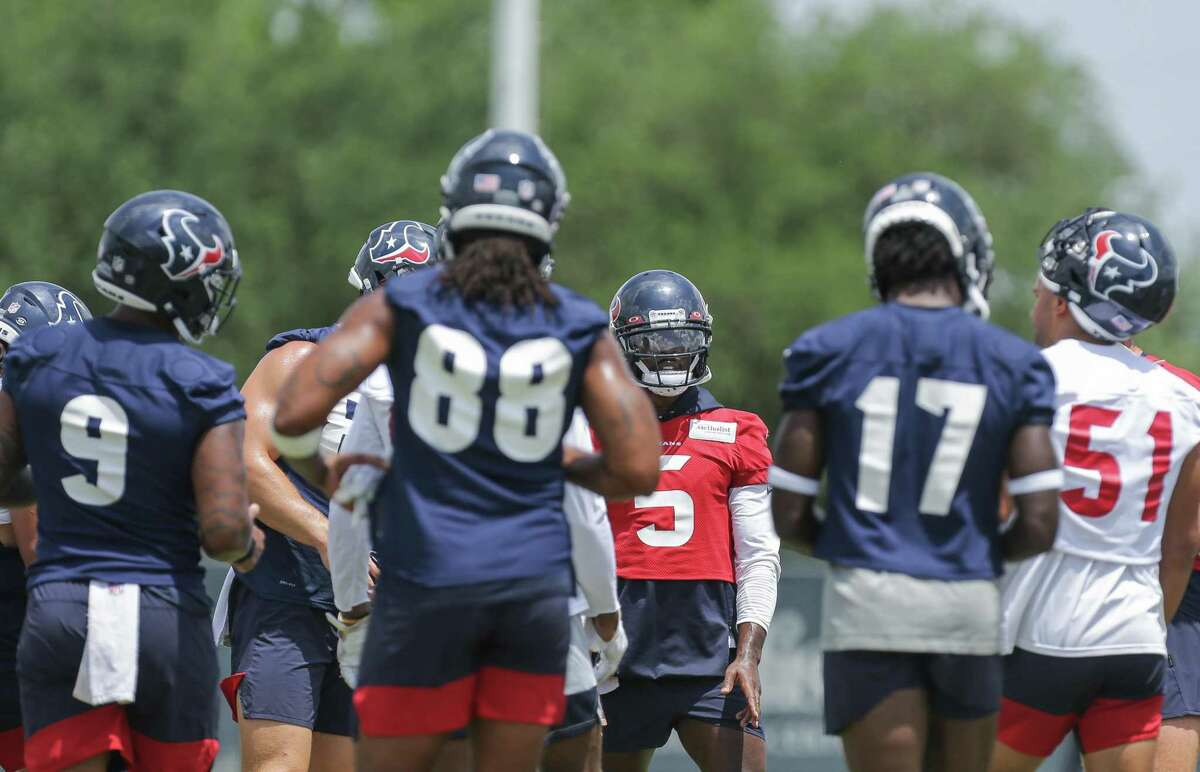 Five of the Texans' training camp sessions will be open to season-ticket holders.