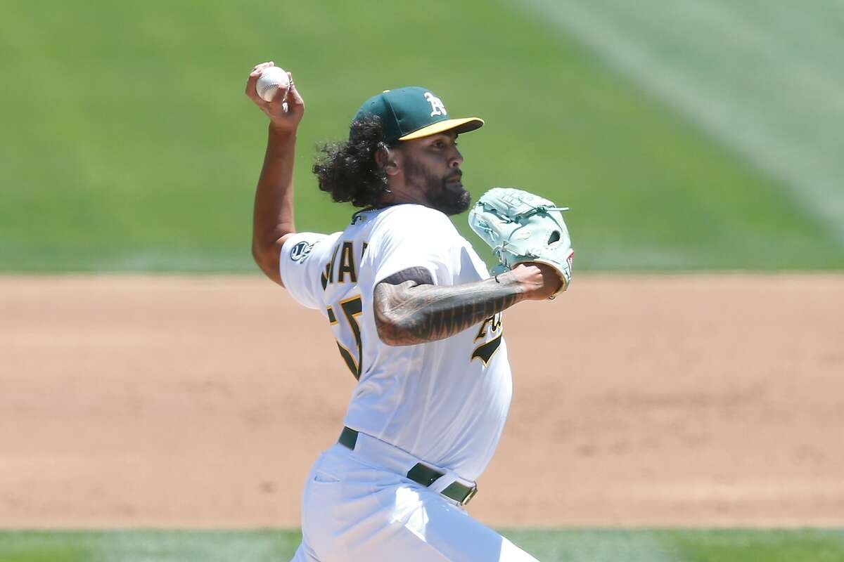 OAKLAND, CALIFORNIA - JUNE 09: Sean Manaea #55 of the Oakland Athletics pitches in the top of the second inning against the Arizona Diamondbacks at RingCentral Coliseum on June 09, 2021 in Oakland, California. (Photo by Lachlan Cunningham/Getty Images)