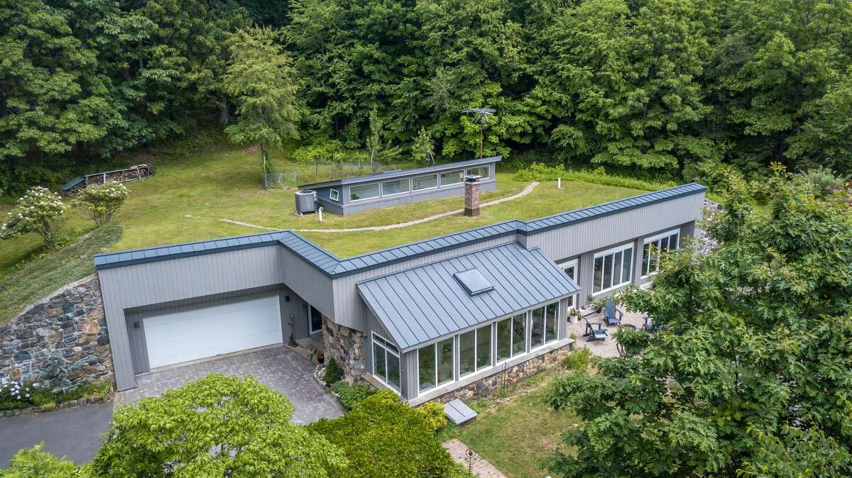 The home on 11 Pine Hill Road in New Fairfield, Conn. is a