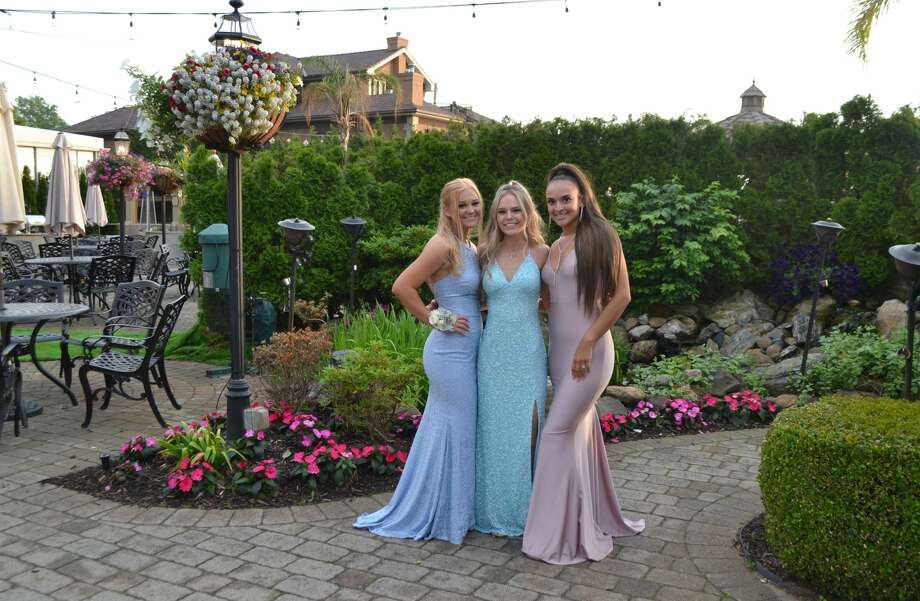 Stratford High School held its prom on June 4 at at Anthony's Ocean View in New Haven. Were you SEEN? Photo: Jacqueline Sherrick / Contributed