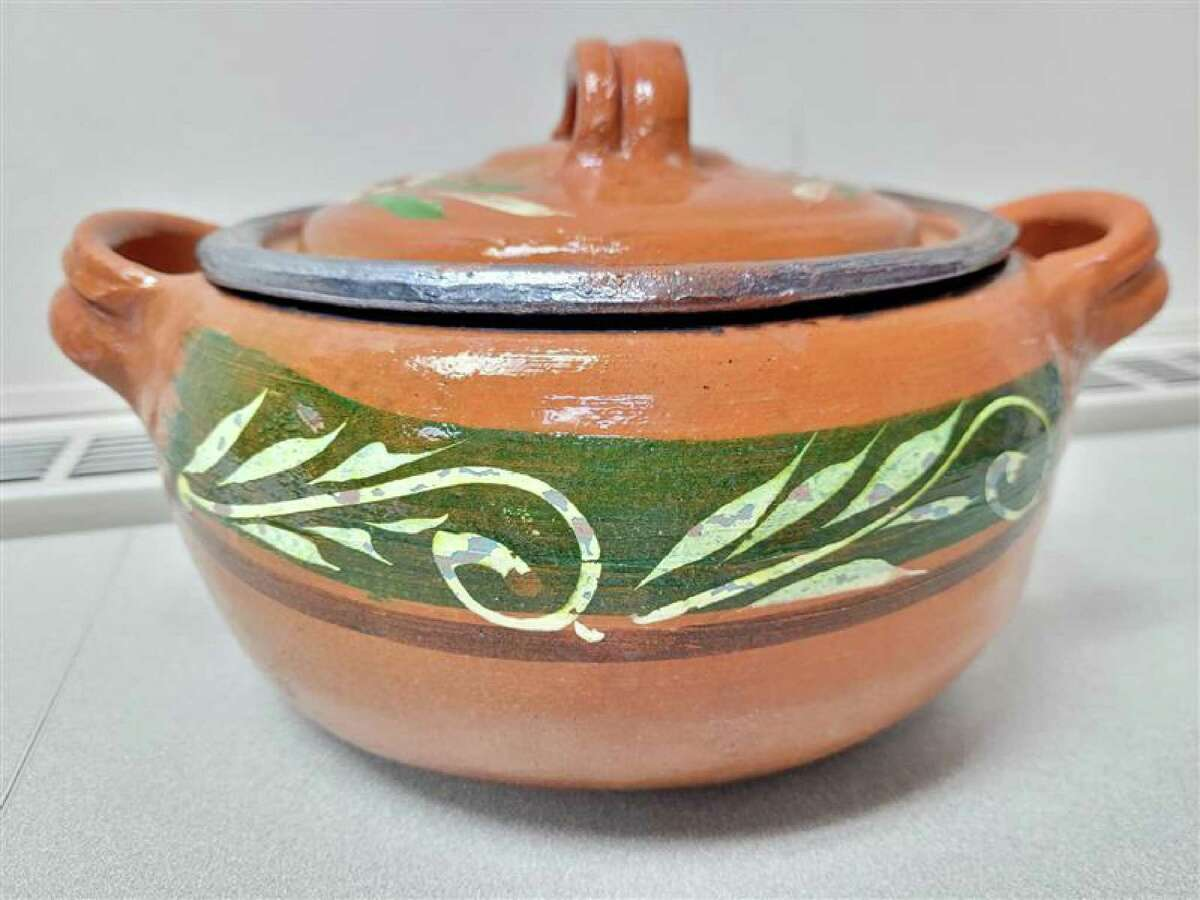 Two children from separate families and a parent have gotten lead poisoning from ceramicware pots that look like this, the Connecticut Department of Public Health warned