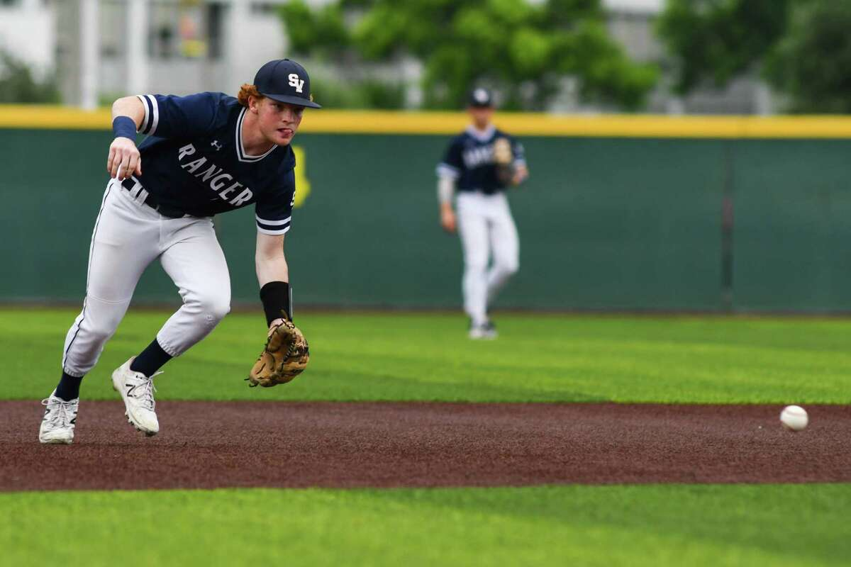 Smithson Valley's Ryan Ruff chases down a ground ball in the third inning of Friday's Region IV-6A playoff game on Thursday January 3, 2021 in Corpus Christi.