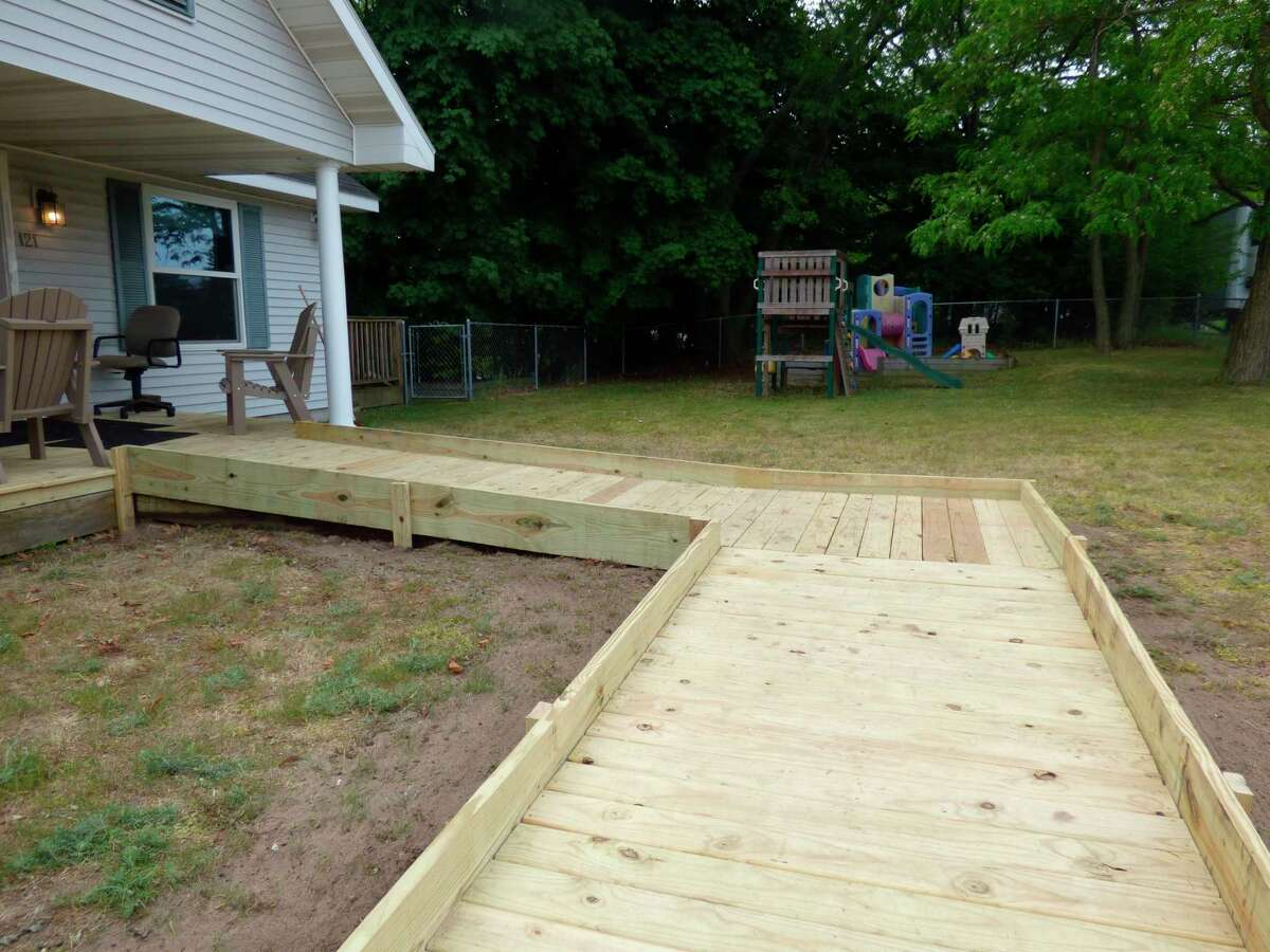 The new ramp at Choices of Manistee County was completed by Habitat for Humanity Thursday. (Scott Fraley/News Advocate)
