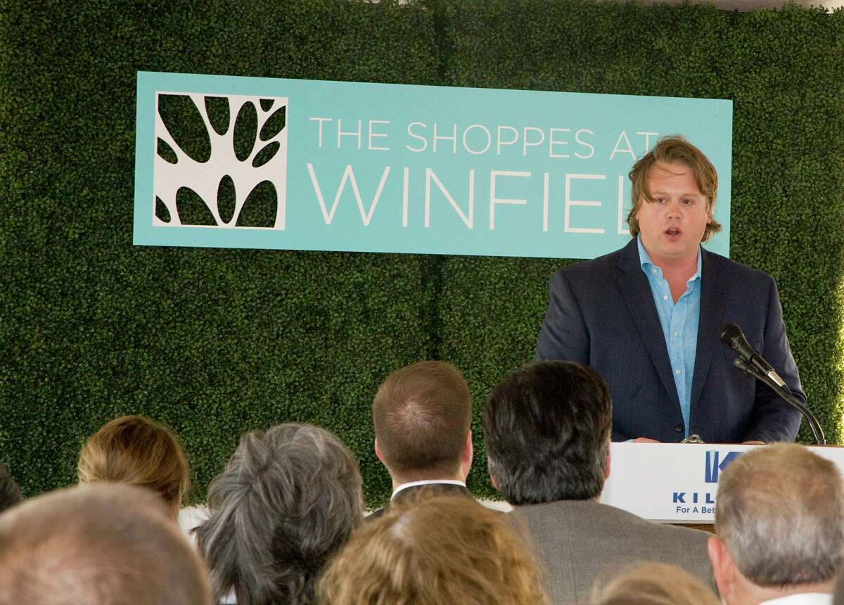 Cliffe Killam of Killam Development gives thanks to the his family, contributors and tenants during the grand opening of The Shoppes at Windfield in 2017.
