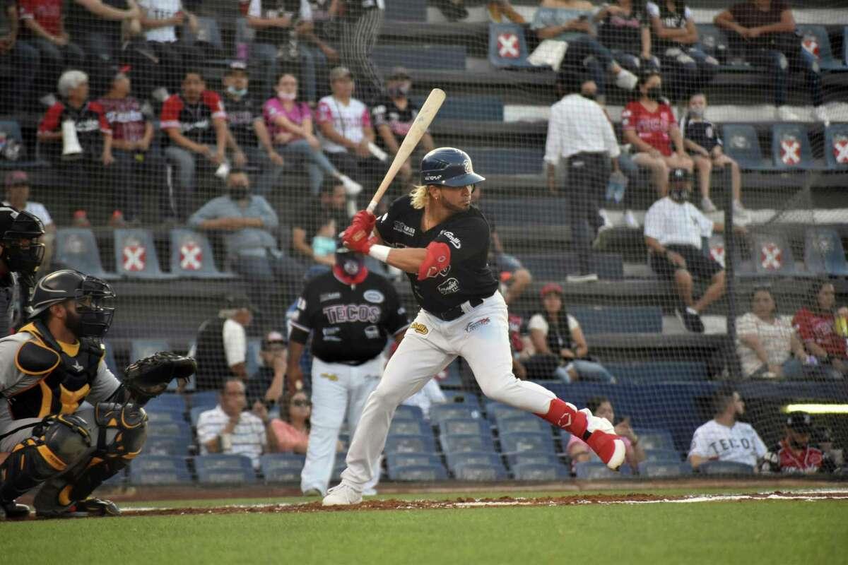 Jairo Perez and the Tecolotes Dos Laredos beat Aguascalientes in 10 innings Thursday.