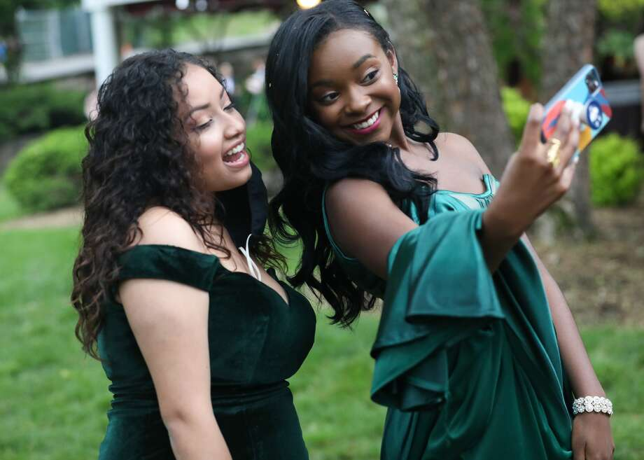 Stratford's Bunnell High School held its prom on June 3, 2021 at Villa Bianca in Seymour. Were you SEEN? Photo: Robert Taylor Studio / Contributed