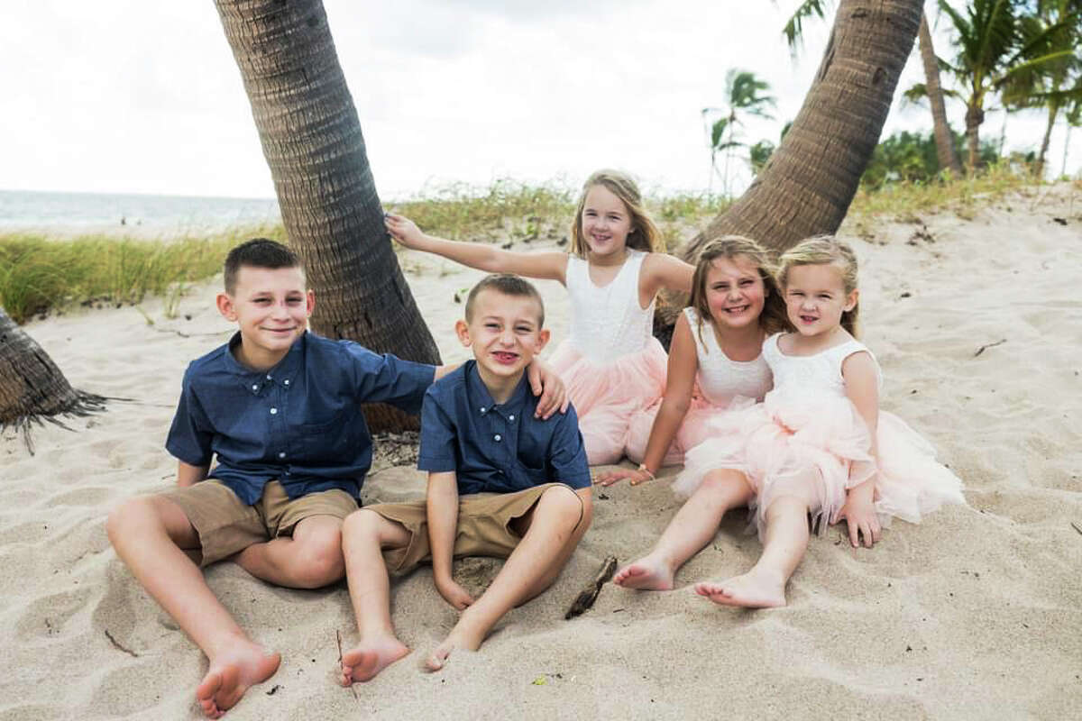 Paul and Samantha Burback's children are Logan, Kaiden, Annabelle, Chloe and Tessa. The couple was married on Nov. 27, 2020. (Photo provided/Samantha Burback)