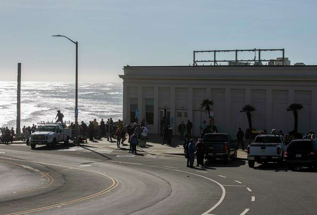 The building that used to be known as Cliff House is on schedule to once again host a restaurant by the end of 2022.