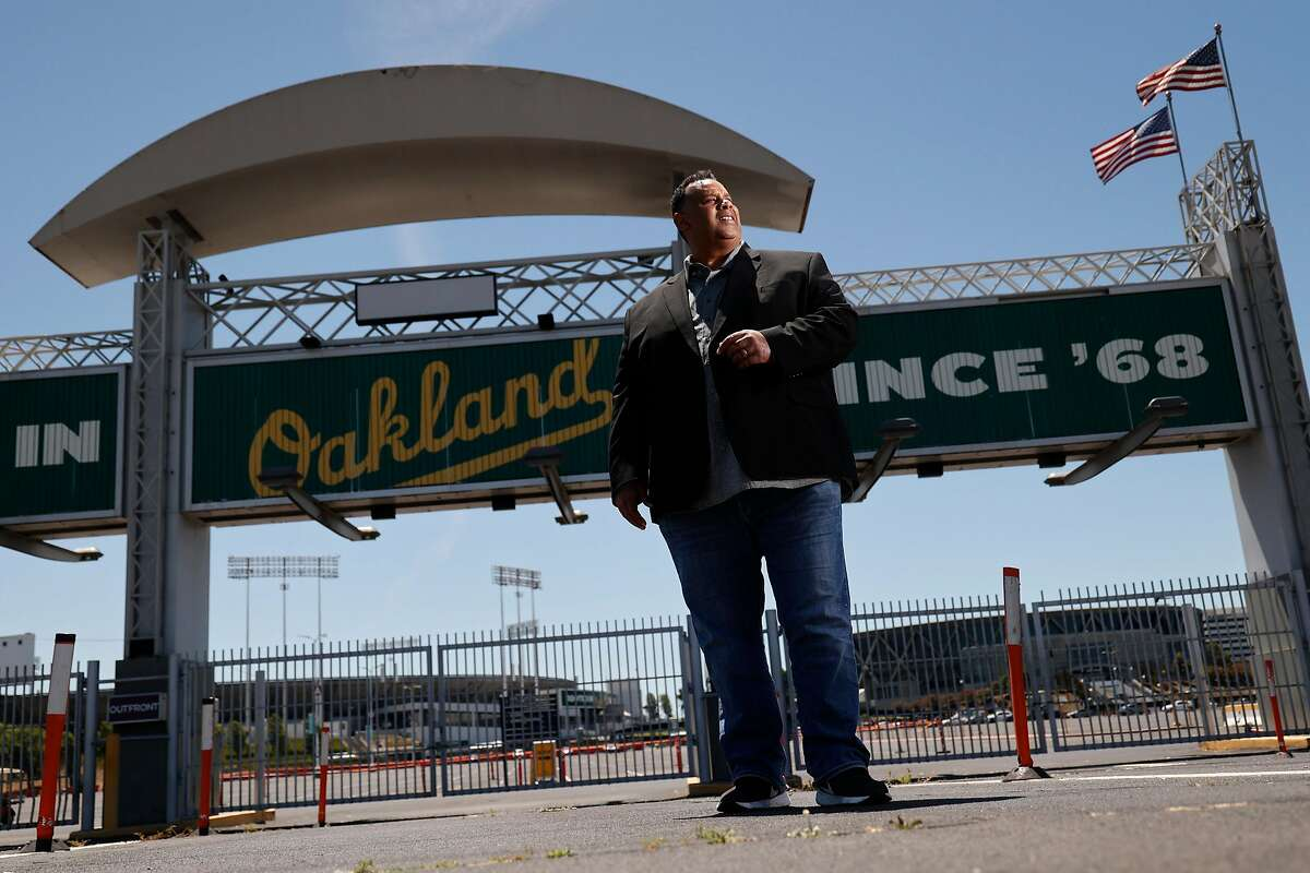 Ray Bobbitt, the founder of the African American Sports and Entertainment Group, is offering to purchase the city of Oakland's 50% share of the Coliseum site for $92.5 million.
