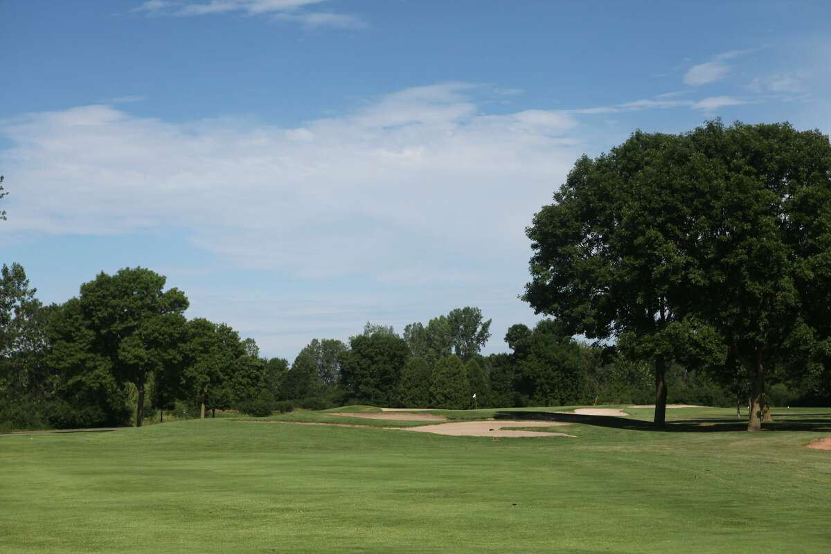 The second hole at Hartford Golf Club, site of the 119th Connecticut Amateur beginning Monday.