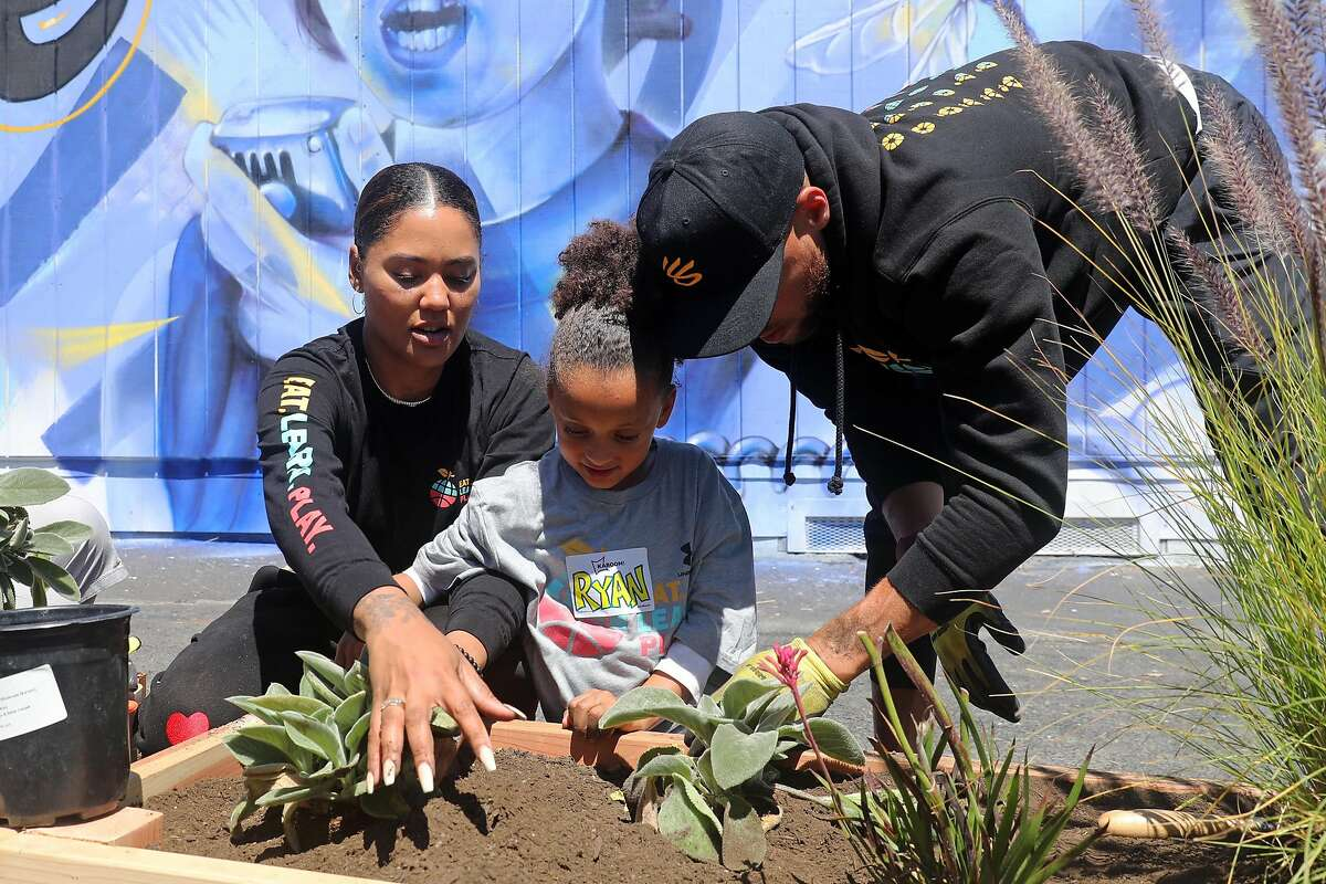 Stephen and Ayesha Curry's Eat. Learn. Play. Foundation helped to refurbish a playground in the San Antonio district of Oakland on Saturday, June 12. The foundation refurbishes neglected Oakland playgrounds and schoolyards as part of their goals.