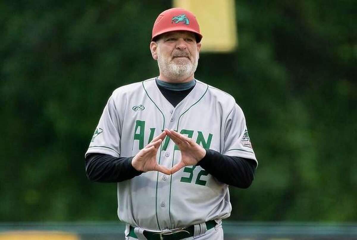 Alton River Dragons manager Darrell Handelsman earned his 700th managerial victory Saturday night when his team downed the Cape Catfish 8-0 in the first game of a doubleheader Saturday night in Cape Girardeau, Mo.
