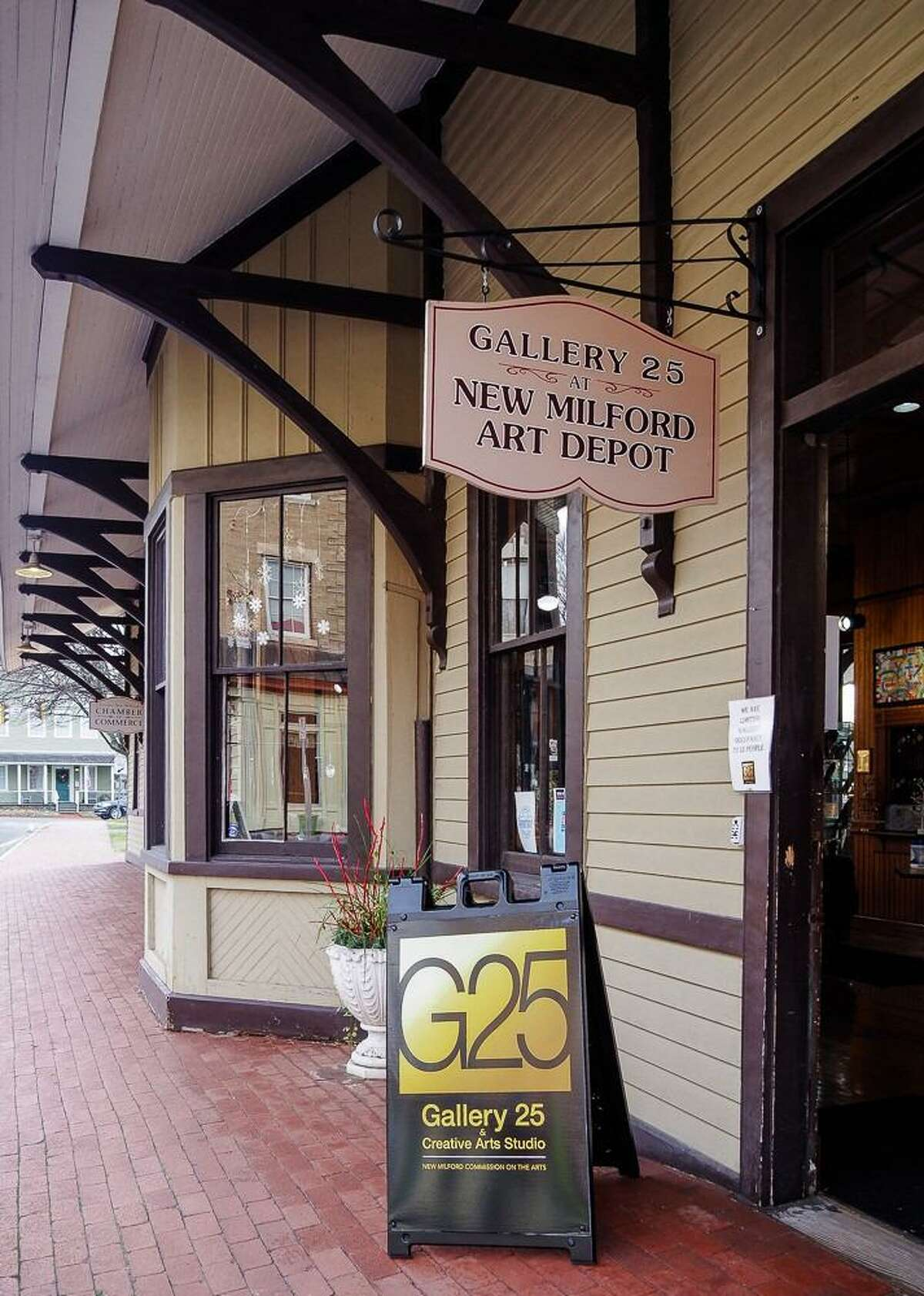 Gallery 25 and Creative Arts Studio in New Milford
