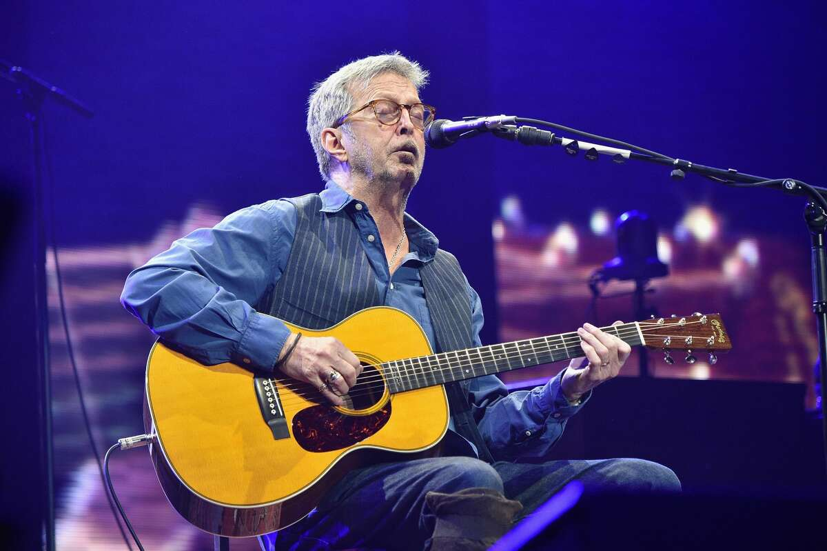 NEW YORK, NY - MARCH 19: Eric Clapton performs onstage with his band at Madison Square Garden on March 19, 2017 in New York City. (Photo by Kevin Mazur/Getty Images for EC)