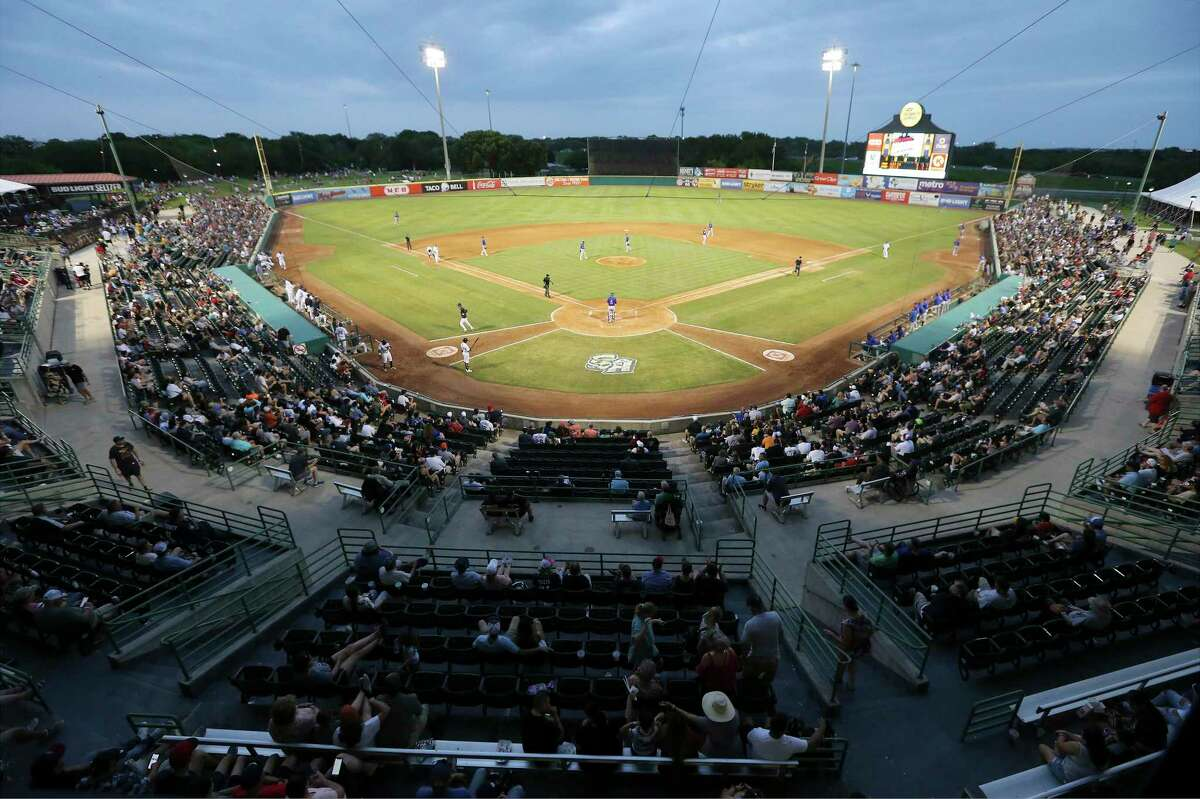 The Missions open a six-game series against the Springfield Cardinals on Tuesday at Wolff Stadium.