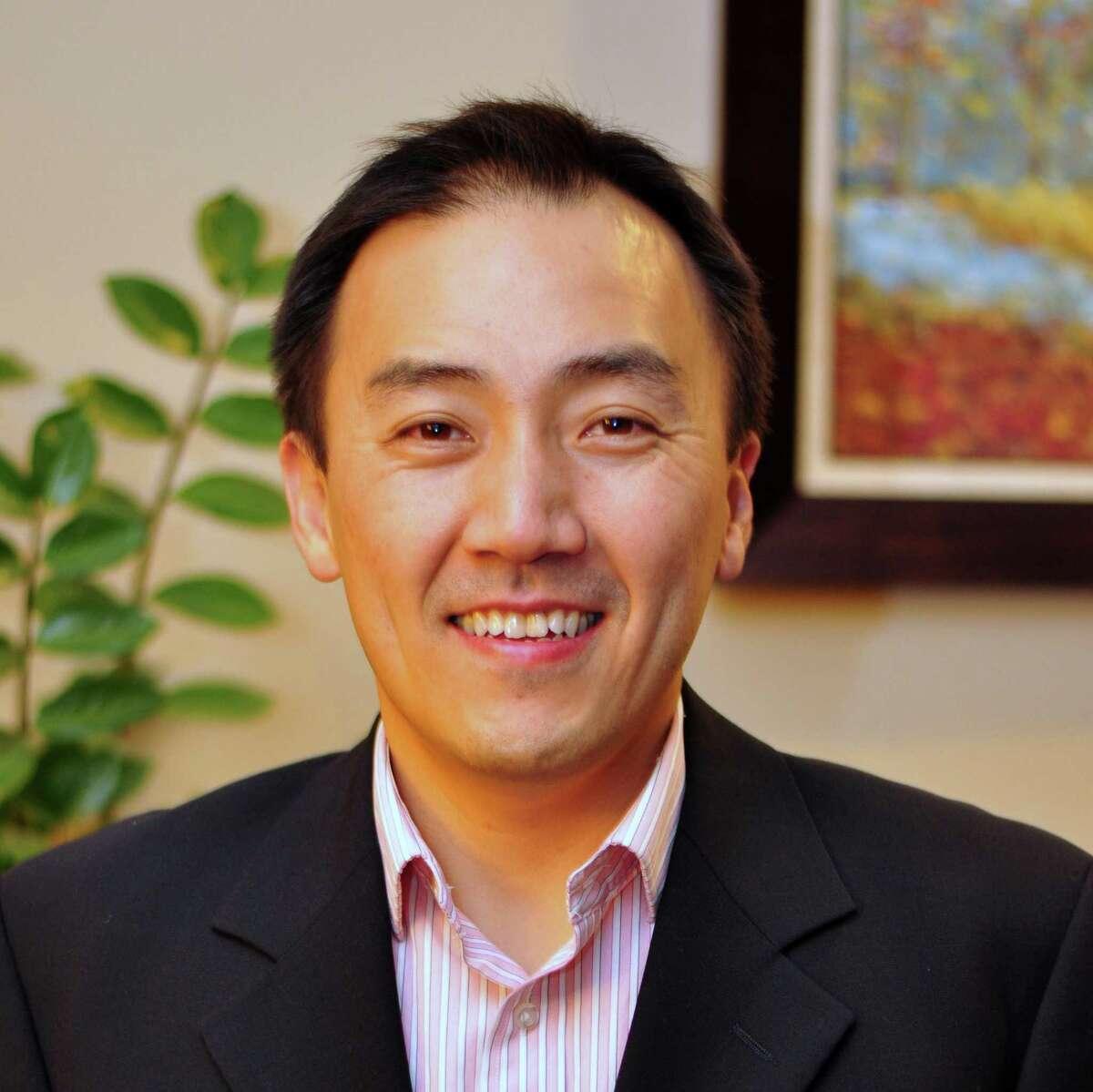 Dr. Hyung Chun
