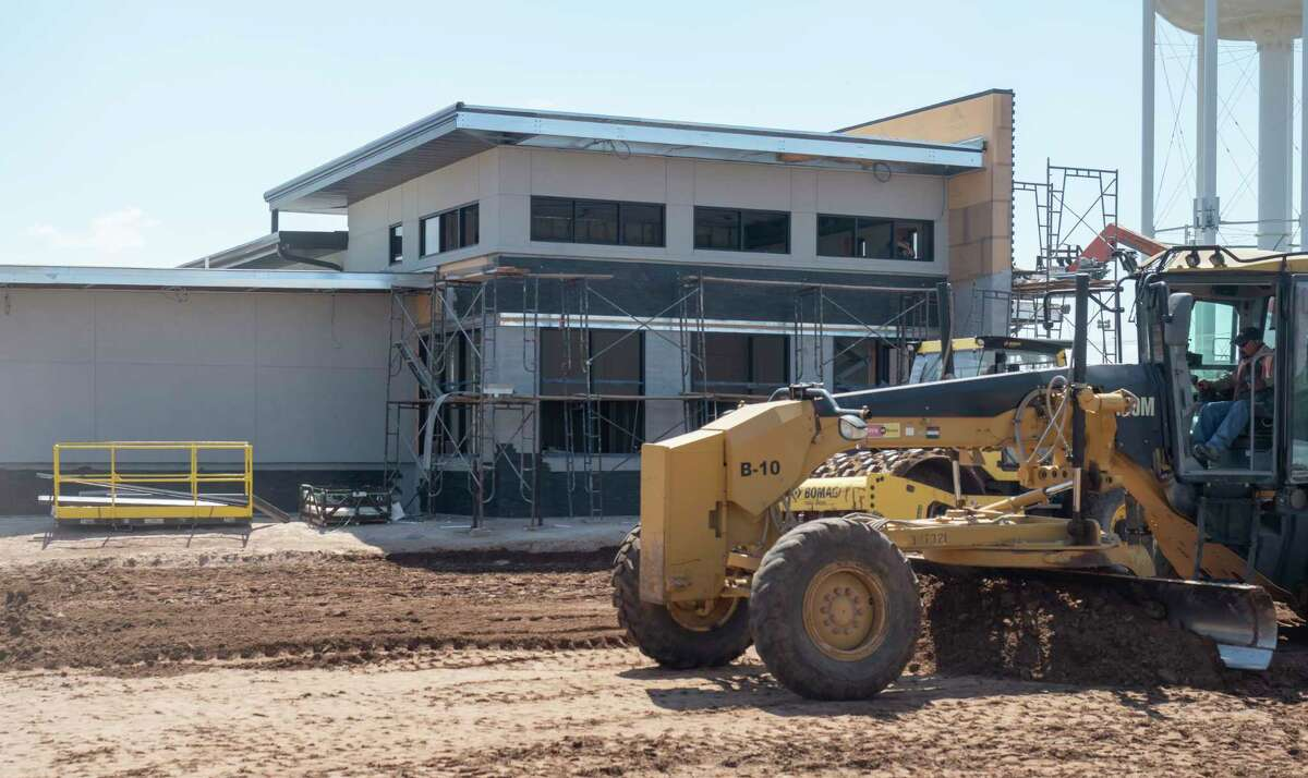 Construction continues on a new medical plaza 06/15/2021 at 2002 N. Midland Drive. Tim Fischer/Reporter-Telegram