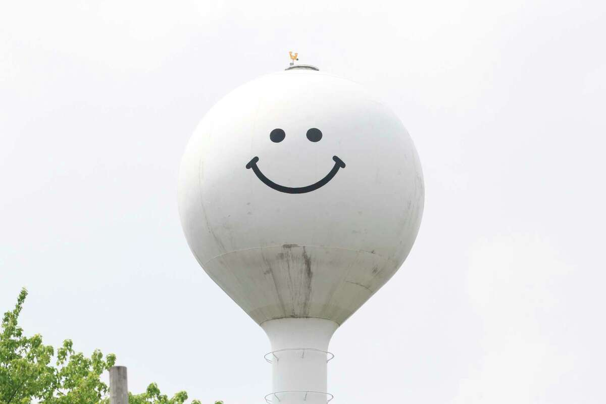Work to repaint the Elkton water tower and its pair of smiley faces will start by the end of the month. (Mark Birdsall/Huron Daily Tribune)