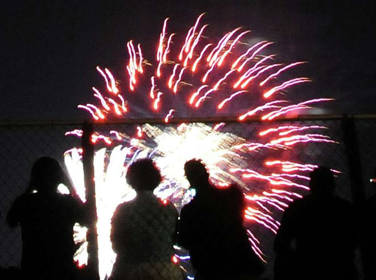 A past Independence Day foreworks show in New Haven.