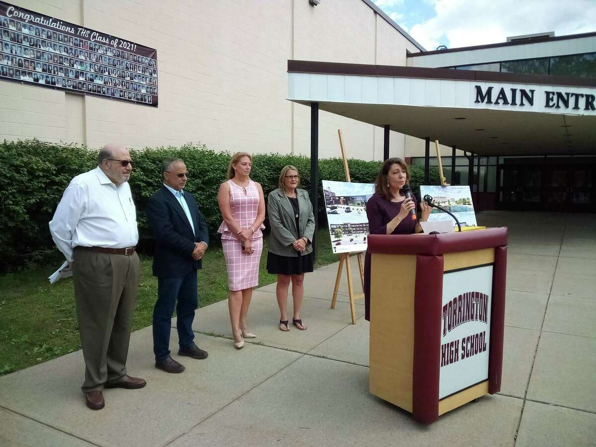 Torrington Superintendent Susan Lubomski speaks about the project's funding during a press conference Tuesday morninga tt Torrington High School.
