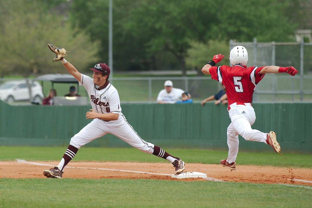 Dawson's Carter Ostrom (5) and Pearland's Caden Ferraro (8) were selected to the All District 23-6A baseball first team.