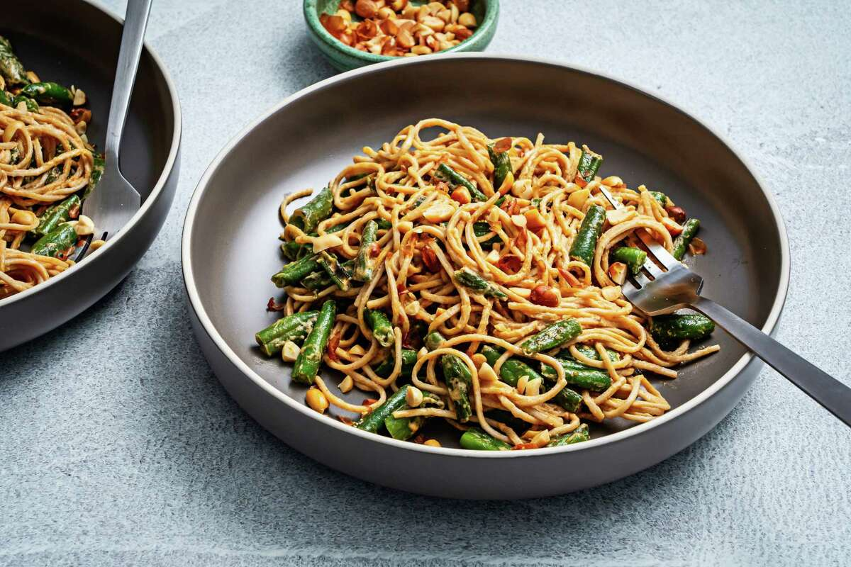 Spicy Peanut Soba Noodles With Green Beans.