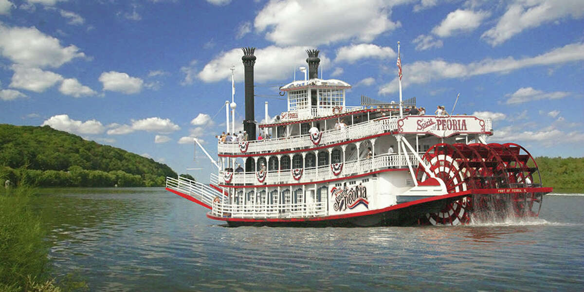 Peroria: Just north of Springfield is Peoria. And there's plenty to see and do. Take in the Peoria Zoo, the Caterpillar Visitor Center and Museum, the Peoria Riverfront Museum, and take a ride on the Spirt of Peoria Riverboat along the Illinois River. Baseball fans can also see the St. Louis Cardinals of the future by attending the Single-A Peoria Chiefs Minor League Baseball team.