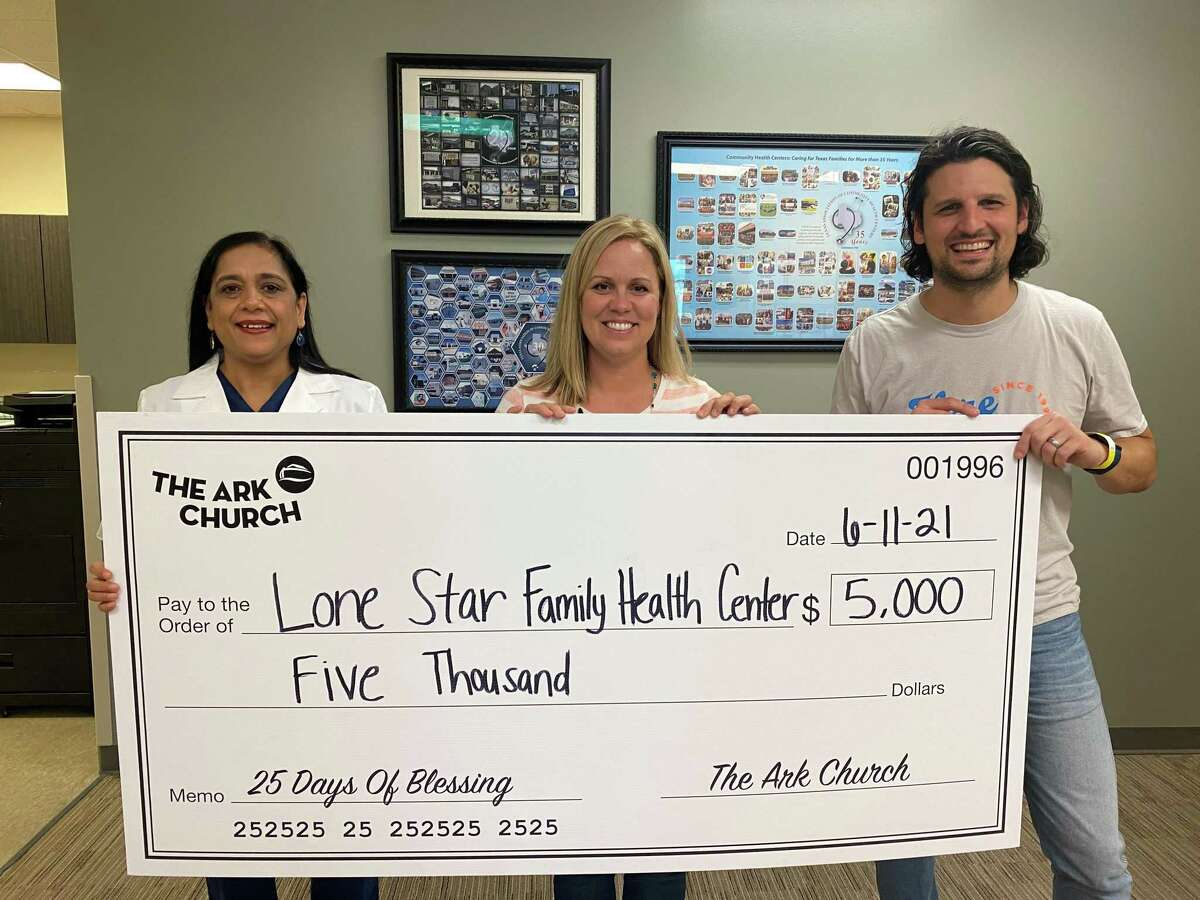 Recently, Lone Star Family Health Center received a $5,000 donation from the Ark Church in Conroe. The Ark is celebrating its 25th anniversary and blessing the community every day for 25 days.
