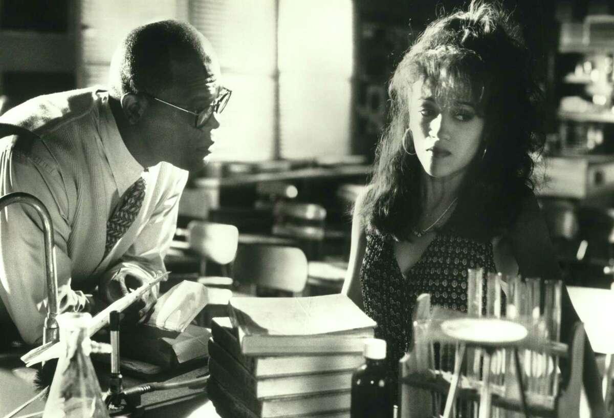 "Trevor Garfield (Samuel L. Jackson) encourages his student Rita (Karina Arroyave) in ""187."""
