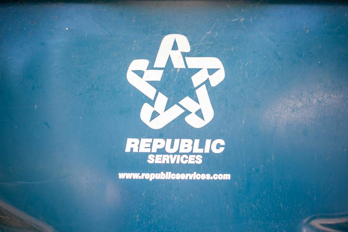 A recycling can sits in Beaverton on June 16, 2021.