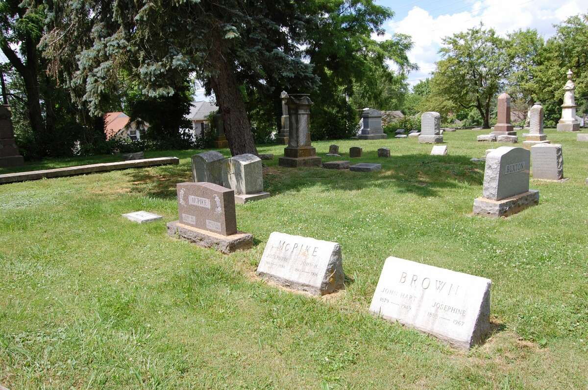 McPike Family Plot:This is where you'll find the resting place of Henry McPike who started the Illinois Horticultural Society, developed the McPike Grape and made his money in real estate. His mansion still stands in Alton today.