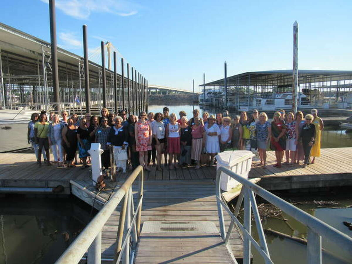 All Women of Distinction Academy members were invited to the YWCA of Alton Women of Distinction mixer hosted at the Alton Marina Wednesday night when the 2021 honorees were recognized publicly for the first time.