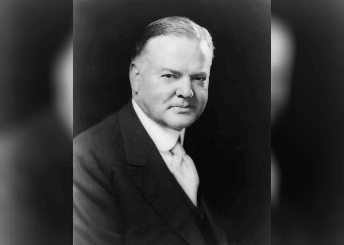 """1932: Herbert Hoover runs against FDR Held amidst the Great Depression, the 1932 presidential election saw Republican incumbent President Herbert Hoover run against Democratic candidate Franklin D. Roosevelt (New York's governor). Although Hoover faced little contest in terms of receiving the Republican nomination, FDR eventually won by a landslide by promising economic recovery through his """"New Deal"""" plan."""