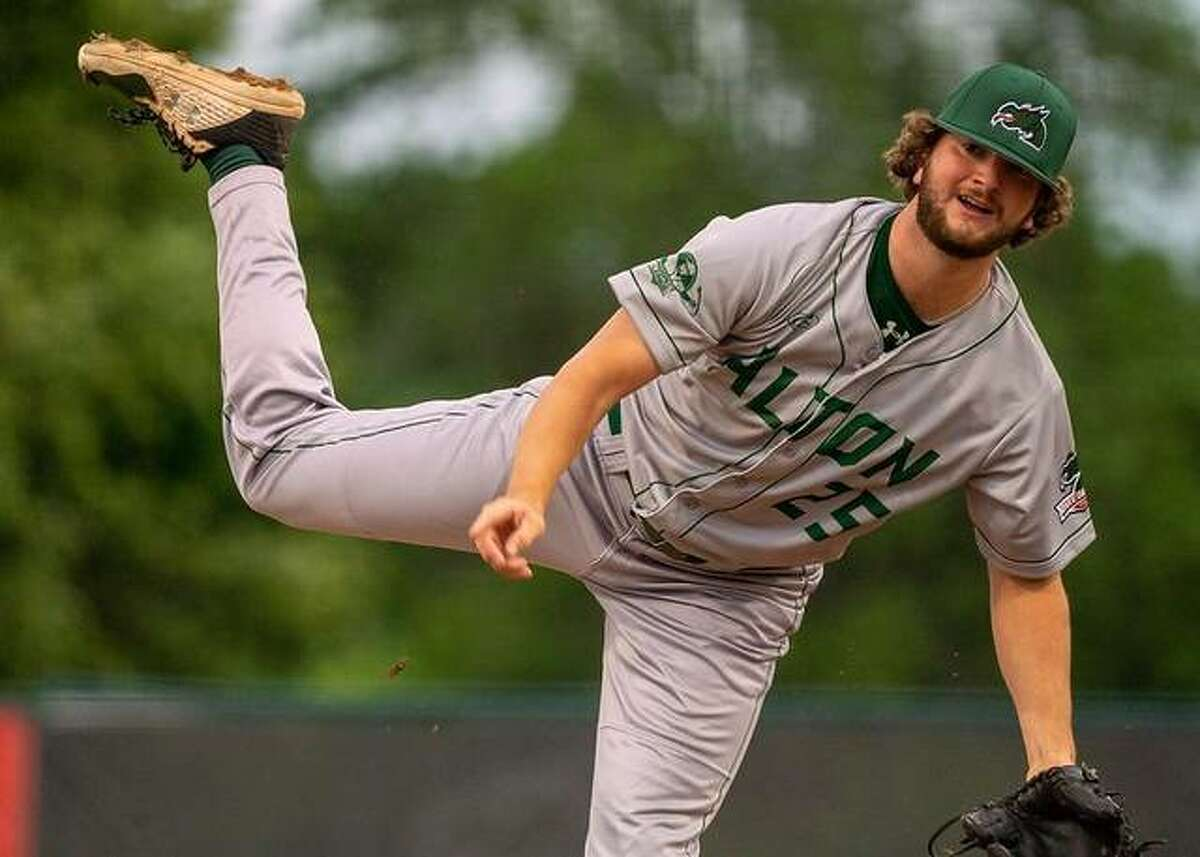 Alton River Dragons pitcher Matthew Reed suffered the loss in Friday's 7-2 defeat to the Springfield Sliders at Robin Roberts Field in Springfield's Lanphier Park.